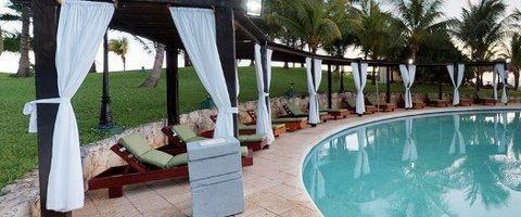 Terraza solárium Hotel Faranda Dos Playas Cancún